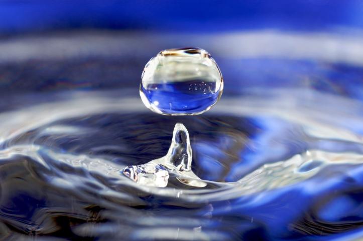 Water_drop_001.jpg